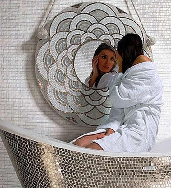 Мозаика из зеркала в интерьере