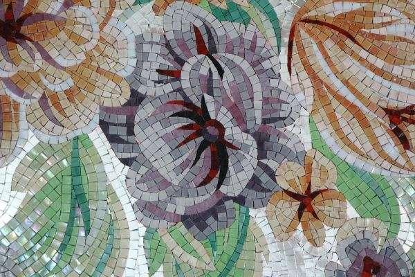 мозаичная картина из стеклянной мозаики